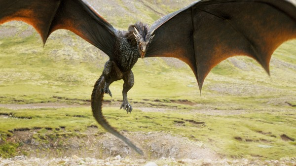 game-of-thrones-season-4-dragon-600x337