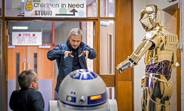 Martin_Freeman_feels_the_force_in_Star_Wars_Children_in_Need_sketch