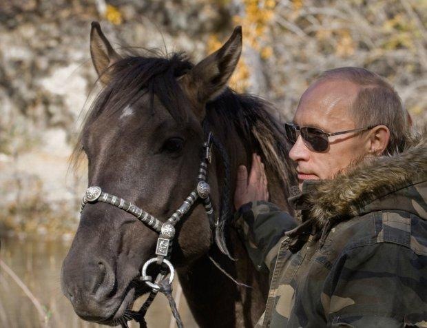 putin-is-an-avid-horseback-rider