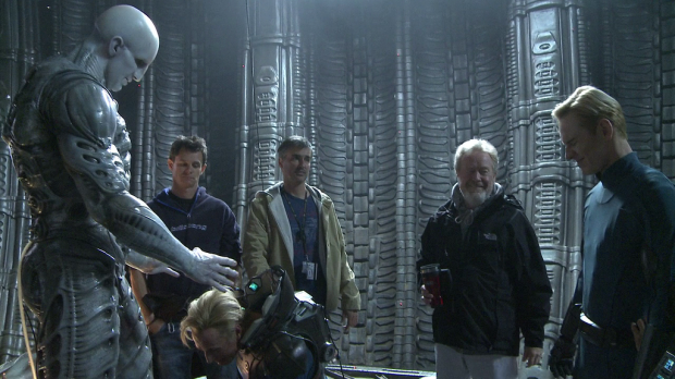 what-is-ridley-scott-thinking-with-prometheus-2-turns-out-a-stunt-double-got-his-head-ri-396118