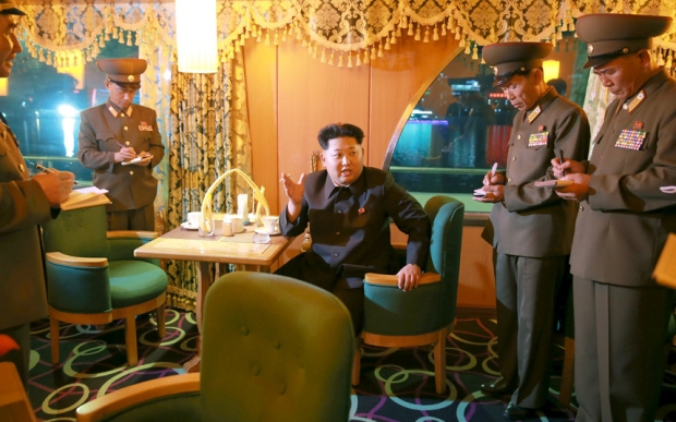 kim-jong-un-boat-i_3455896k